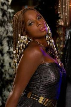 See Mary J. Blige as Justice Charlier in Rock of Ages Top Tv Shows, Braids With Beads, Box Braids, Mary J, Hail Mary, Rock Of Ages, Plaits, Dancing With The Stars, African Beauty