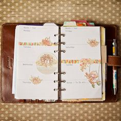 Hedgehogs, Apples, Leaves & Autumnal Fun, decorated Filofax pages by Mrs Brimbles http://mrsbrimbles.blogspot.co.uk/2014/11/hedgehogs-apples-this-weeks-decorated.html