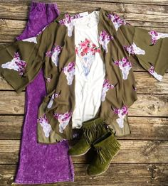 OBSESSED!!!!!!!! This is a total MUST HAVE LIL BEES BOHEMIAN OUTFIT!!!! Orchid Denim Looking Bell Bottoms $36 S, M & L >> Floral Bullhead Layering Tank $29 >> S, M & L >> Floral Bullhead OLIVE Kimono $42 >> Desperado OLIVE SUEDE Fringe Booties $29 sizes left are 5.5, 6, 6.5, 7 & 7.5 >> SHOP ENTIRE LOOK @ www.lilbeesbohemian.com #lilbeesbohemian #orchid #fauxdenim #orchidbells #olive #floralbullhead #ootd #outfitoftheday #rancher #rancherswife #bohochic #orchidpants
