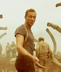 Tom Hiddleston on the set of Kong: Skull Island. Video: http://www.etonline.com/media/video/exclusive_brie_larson_on_tackling_one_of_the_greatest_myths_of_all_time_kong_skull_island-210714/