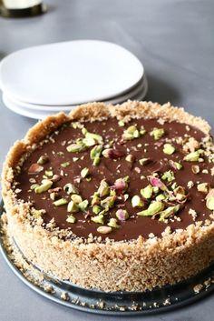 Chocolade ganache taart met frambozen, Makkelijk taart recepten, Beaufood recepten, Chocoladetaart recepten, Floww kraan review, Koken met heetwaterkraan, Floww recepten, Makkelijke taarten chocolade