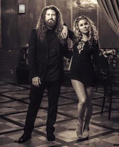"""Haley Reinhart """"Sunshine of Your Love"""" with Casey Abrams & The Gingerbread Band American Idol, American Singers, Jazz Music, My Music, Casey Abrams, Jessica Mauboy, Haley Reinhart, Sunshine Of Your Love, Kris Allen"""