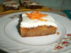 YUMMY TUMMY: American Classic Carrot Cake with Cream Cheese Frosting
