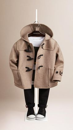 Burberry Light Taupe Brown Cashmere Duffle Coat - Soft cashmere duffle coat with… Cute Baby Boy Outfits, Little Boy Outfits, Toddler Boy Outfits, Toddler Boys, Toddler Boy Coats, Trendy Boy Outfits, Toddler Boy Fashion, Little Boy Fashion, Kids Fashion