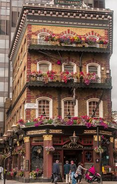 street facade london The Albert located on Victoria Street heading toward Parliament Such an iconic building, amid the new architecture in SW1. Great for traditional British Sunday Lunch!
