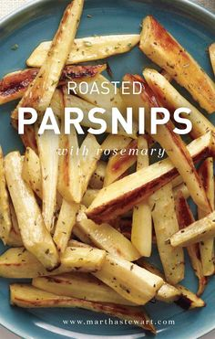 Roasted Parsnips with Rosemary Serve this side with roast chicken or pork, ham, or even steak. Side Dish Recipes, Vegetable Recipes, Vegetarian Recipes, Cooking Recipes, Healthy Recipes, Ham Steak Recipes, Game Recipes, Simple Recipes, Yummy Recipes
