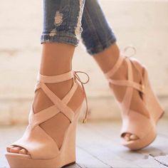 Material:Suede|Heel Height:14cm|Embellishment:Platform