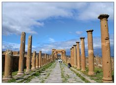 Arch of Trajan - Timgad, Batna
