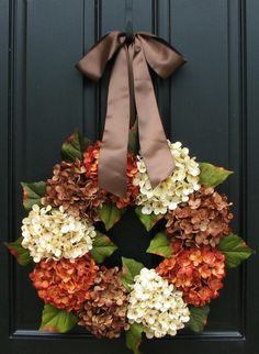 Fall wreath thanksgiving hydrangeas diy decor decorations. I am a sucker for neutral colors.. love the combination, and the door as well.