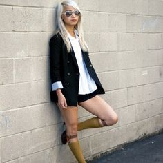 The Socks With Heels & Knee-High Socks Trends Fashion Tag, Fashion Socks, Only Fashion, Fashion Trends, Latex Fashion, Fashion Goth, Thigh High Boots Heels, Socks And Heels, Knee High Socks