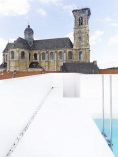 swimming-pool-k-belgium-d180513-f3.jpg 675×900 pixel