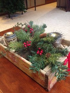 Favorite rustic winter decor to consider 57 Christmas Coffee, Green Christmas, Country Christmas, Christmas Time, Christmas Wreaths, Coffee Table Christmas Decor, Xmas, Christmas Ideas, Christmas Vignette