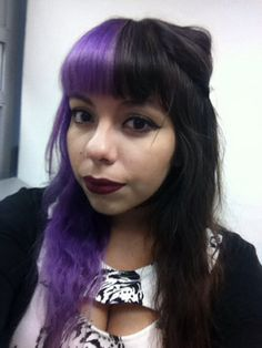 Hidracolor Violeta and Ion Color Brights Magenta Mix Half dyed / split dyed hair Luna Martínez / alicesprings-cat Dye My Hair, Dyed Hair Purple, Dyed Hair Pastel, Short Dyed Hair, Half Dyed Hair, Half And Half Hair, Half Colored Hair, Two Color Hair, Aesthetic Hair