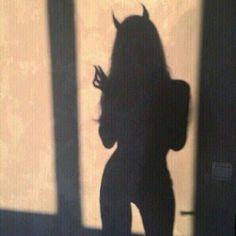 Aesthetic wallpaper dark grunge 49 ideas for 2019 Demon Aesthetic, Daddy Aesthetic, Bad Girl Aesthetic, Red Aesthetic, Aesthetic Photo, Aesthetic Pictures, Aesthetic Fashion, Photos D'ombre, Images Esthétiques