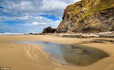 Strangles is a west-facing, large sandy beach near Crackington Haven. A difficult climb down leads to a rewarding peaceful beach, even in peak season. Best Uk Beaches, Devon And Cornwall, North Cornwall, Cornish Beaches, Bristol Channel, Cornwall Beaches, Devon Coast, Hidden Beach, Dartmoor