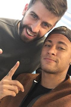 Neymar Jr. wearing Champion Watch Neymar Jr. Core Model Watch, Nike Tech Fleece Varsity Jacket