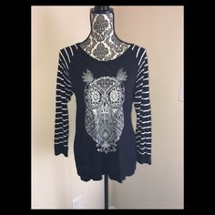 Shop Women's Style & Co size LP Tees - Long Sleeve at a discounted price at Poshmark. Owl Shirt, Fashion Design, Fashion Tips, Fashion Trends, Long Sleeve Tees, Ruffle Blouse, Womens Fashion, Shirts, Outfits