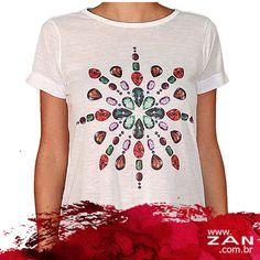 Já está pensando no presente para a sua mãe? Aposte nas t-shirts: práticas e confortáveis, alegram o look com muito estilo. #VaideZan