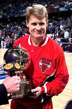 f42e8ccaf 1 question for Steve Kerr - What is the secret to your soft, poofy, fluffy  hair in the