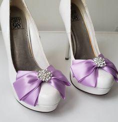 Bridal Wedding Shoes, Flower Headpiece Wedding, Feather Headpiece, Wedding Hair Clips, Wedding Hair Pieces, Bridal Headpieces, Decorated Shoes, Bow Shoes, Shoe Clips