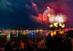 Best fireworks show (series) i HAVE EVER BEEN TO HANDS DOWN. i <3 VANCITY  --- Fireworks by colink., via Flickr