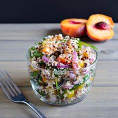 Quinoa Salad with Peaches & Pickled Onions - light, refreshing and healthy!