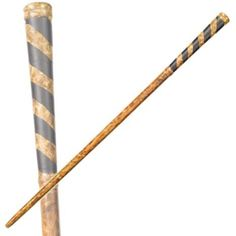 Relive the magical world of Harry Potter with this collectible prop replica! Modelled on Seamus Finnigan's wand from the hit movies, this item is a must have for any budding wizard or witch! Harry Potter Film, Harry Potter Characters, Witch Wand, Wizard Wand, Baguettes Harry Potter, Noble Collection Harry Potter, Art Folder, Wooden Jewelry, Clip