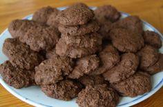Talianske čokoládové cookies – Biscottini italiani di cioccolata Coco, Almond, Cookies, Desserts, Creative, Crack Crackers, Tailgate Desserts, Deserts, Biscuits