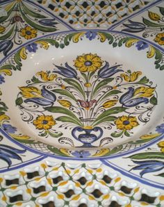 Detail of a handmade bowl. Potters Clay, Old World Charm, Handmade Pottery, Hungary, Decorative Plates, Crystals, Tableware, Glass, Ceramic Art