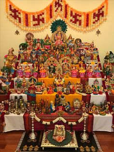 Navratri Puja will help you overcome all your negativities. Flourish with wealth on this Navratri by offering Homam to Lakshmi, Saraswathi & Durga. Diwali Decorations, Festival Decorations, Flower Decorations, Ganesh Chaturthi Decoration, Navratri Puja, Silver Pooja Items, Ganapati Decoration, Navratri Festival, Pooja Room Design