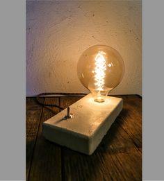 Lampe En Chene Brut Ampoule Vintage A Filament Xxl Luminaires Par