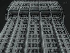 Odiata-Amata E' la torre Velasca fotografata da Peter Bescapè #milanodavedere Milano da Vedere