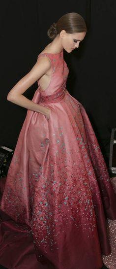 Elie Saab does pink