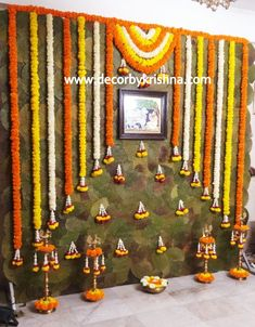 Backdrop Decorations, Festival Decorations, Flower Decorations, Backdrops, Desi Wedding Decor, Wedding Ceremony Decorations, Wedding Stage, House Warming Ceremony, Housewarming Decorations