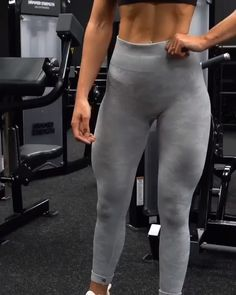 leg workout with weights ~ leg workout ; leg workout at home ; leg workout with weights ; leg workout for men ; leg workout with bands ; leg workout at home toning exercises ; leg workout at home with weights Fitness Workouts, Fitness Motivation, Butt Workout, At Home Workouts, Toned Legs Workout, Boxe Fitness, Intensives Training, Estilo Fitness, Workout Bauch