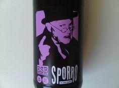 Cerveja Urbana Sporro, estilo Extra Special Bitter/English Pale Ale, produzida por Cervejaria Urbana, Brasil. 6% ABV de álcool.