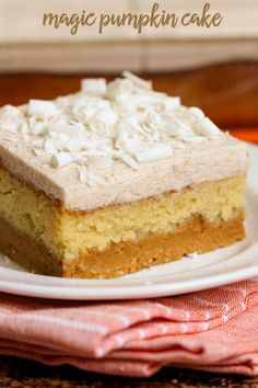 Magic Pumpkin Cake - a dessert - yellow cake mix, a pumpkin puree mix, and white chocolate pudding with pumpkin pie spice and cool whip and all topped off with white chocolate curls! dessert and snack recipes Magic Cake Recipes, Pumpkin Cake Recipes, Pumpkin Dessert, Dessert Recipes, Magic Pumpkin Cake, Dessert Bars, Pumpkin Foods, Breakfast Recipes, Food Cakes