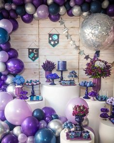 galaxy themed birthday party cake galaxy themed birthday party favors you are .galaxy themed birthday party cake galaxy themed birthday party favors You are in the right place for galaxy themed birthday party food Here Balloon Decorations Party, Birthday Party Decorations, Party Themes, Star Theme Party, Party Ideas, Galaxy Balloons, Deco Ballon, Anniversaire Harry Potter, Birthday Party Games