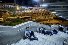 Hong Kong 'Umbrella Revolution' Protest Pictures Show The Aftermath Of Night's Clashes
