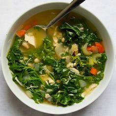 Kale chicken soup