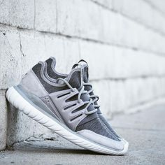 Adidas Tubular Radial Fleece Gray