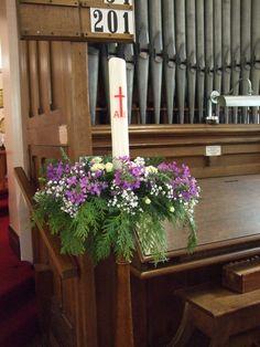 Altar Flowers, Church Flowers, Wedding Table Flowers, Easter Flower Arrangements, Candle Arrangements, Floral Arrangements, Lent Decorations For Church, Flower Festival, Flower Decorations