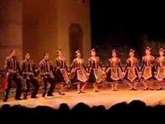 Armenian Dance - Azgagrakan Par - Traditional Dance - YouTube