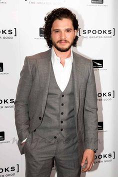 Kit Harington (Jon Snow en Juego de Tronos) ¿vivo?