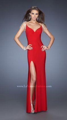 La Femme 20025 - long red jersey prom dress - long red prom dress with slit - red prom dress with jeweled shoulders - sweetheart prom dress with jewels - long jersey pageant gown - long red jersey pageant dress - prom dress with jewel adorned shoulders Prom Dresses 2015, Prom Dresses Online, Cheap Prom Dresses, Formal Dresses, Prom 2014, Dresses Dresses, Couture Dresses, Long Dresses, Dress Long