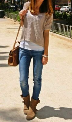 Casual Fall Outfit With Handbag and Half Sleeves Sweater