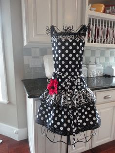 Black and white polka dots with a pop of color!  Don't mind if I do!
