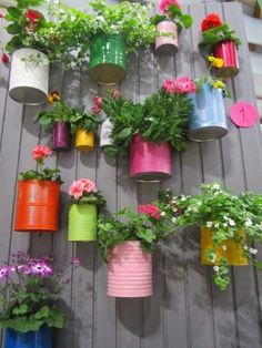 Gorgeous 25 Vertical Garden Ideas for Your Small Backyard https://cooarchitecture.com/2017/04/11/vertical-garden-ideas-for-your-small-backyard/