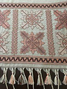 Embroidery Patterns, Cross Stitch Patterns, Stitch 2, Needlework, Bohemian Rug, Bargello, Ornaments, Pillows, Crochet