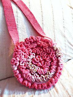 """I added """"Romantische Blütentasche von Taschenatelier """" to an #inlinkz linkup!https://www.etsy.com/de/listing/123882664/romantische-blutentasche?ref=pr_shop"""